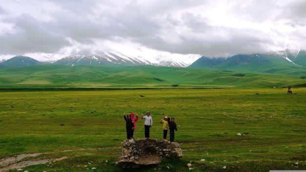 Friendly children were everywhere along the Suusamyr Valley road...