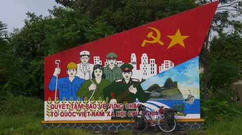 Socialist artwork in Hue