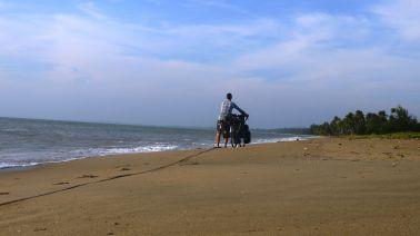 At dawn pushing Wilson along the sinking sand