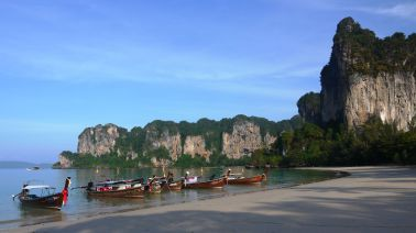 Low tide on Railay